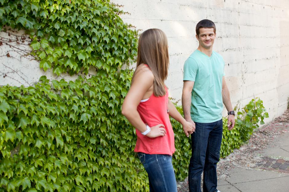 Ivy, Wall, Brick, Engagement, Green