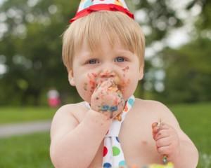 Serba Family + Landyn Cake Smash